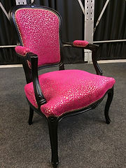 Fauteuil%20Pink_edited.jpg
