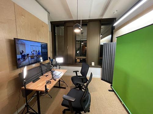 Streaming Room 2B 2.jpg