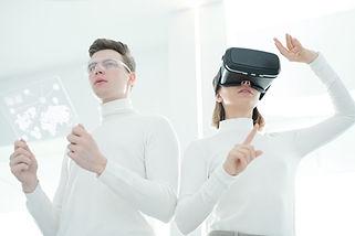synchronizing-futuristic-devices-TRXHLU9