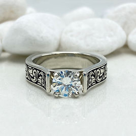 engraved engagement ring 3
