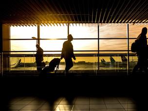أفضل 9 طرق للحصول على عقد عمل بالخارج