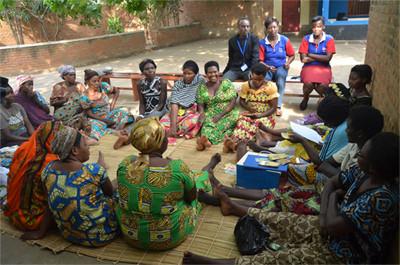 """""""Avec les groupements de solidarité, le développement et le changement de mentalité ne sont pas"""