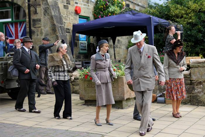 Pateley Bridge 1940s 2014.jpg
