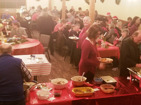 Christmas Potluck in the Creek 2019