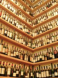 wine-bottles-363214.jpg