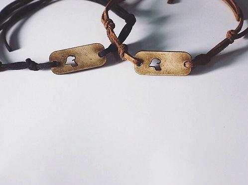 Kuwaiti map string bracelet