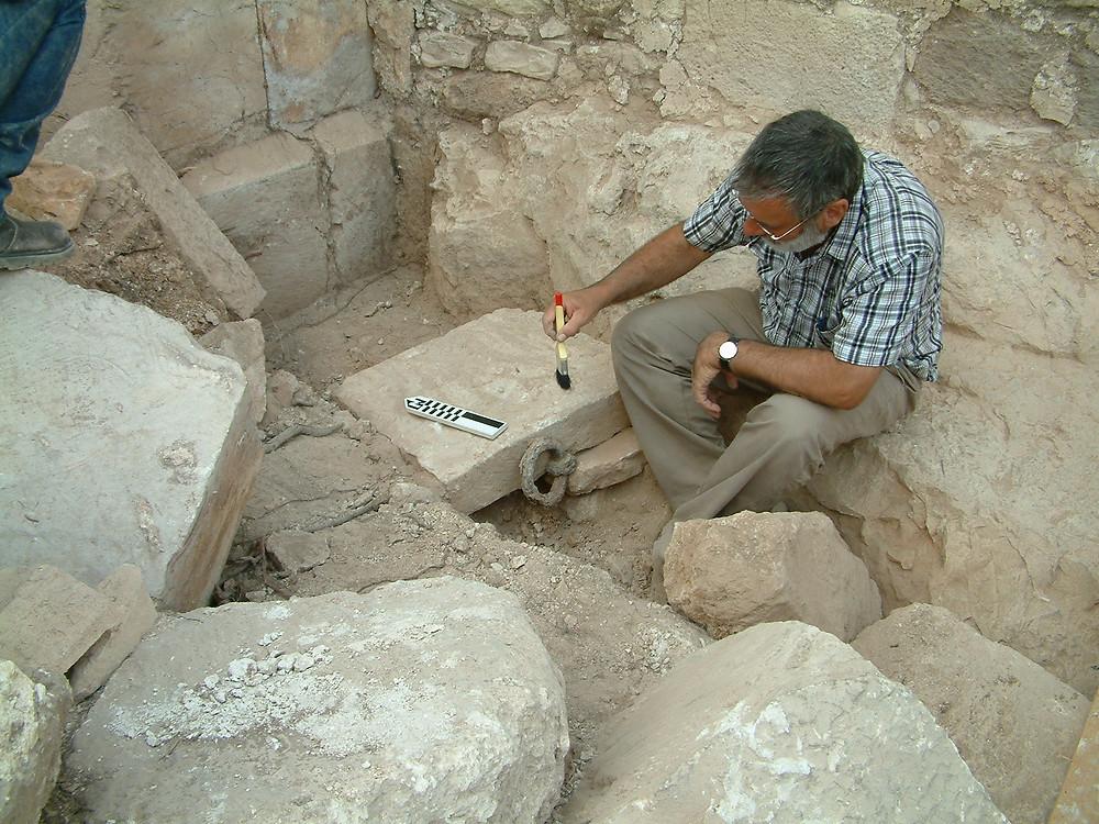 Montfort excavations, Professor Adrian Boas