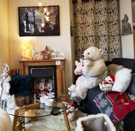 Vitrine de Noël, Ours et cheminée