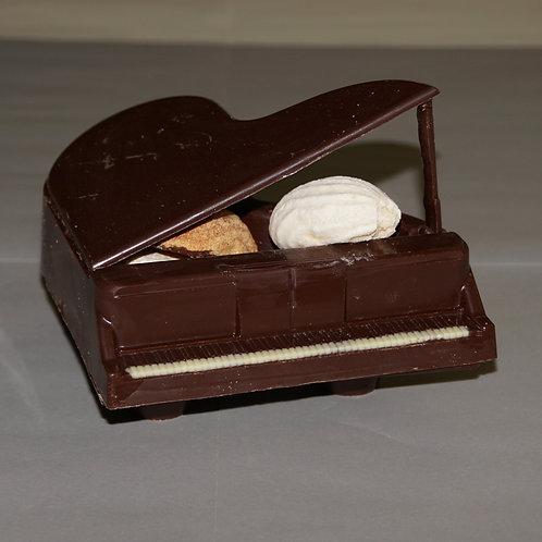 Konzertflügel aus Schokolade