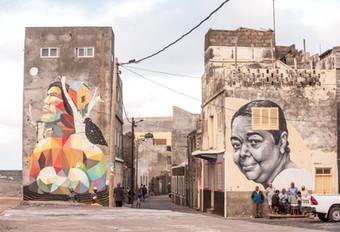«Contempla Lua», by Okuda (left) and Cesaria Evora portrait, by Frederico Draw, Ribeira Grande, Santo Antão, Cap-Vert, novembre 2018.