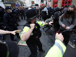 Police make false claims that officers suffered broken bones at protest