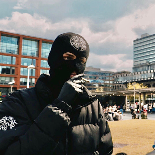 OUTLAW IN MANCHESTER SMOKING CANNABIS