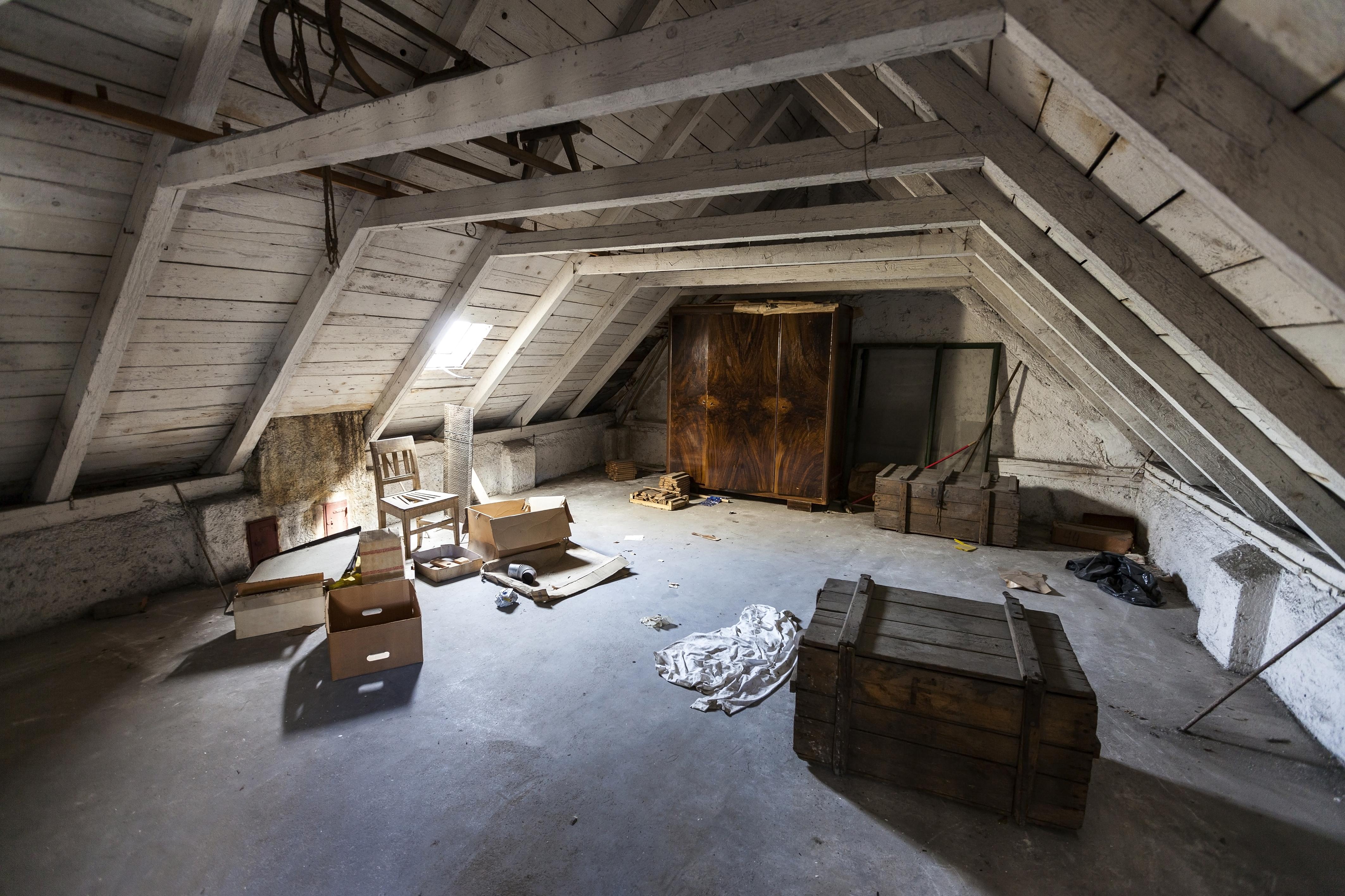 Escape Room Attic
