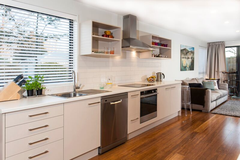 187 Kilmore St - kitchen