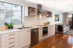 187 Kilmore St - kitchen