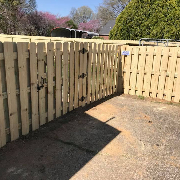 5' Pine Shadowbox Fence in Alamo, Tennessee