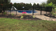 Alternating Spear Top Aluminum Fence in Jackson Tennessee