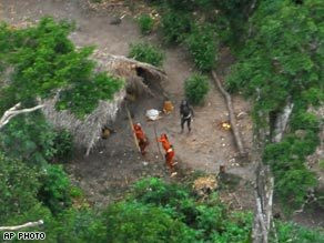 'Uncontacted tribes' sighted in Amazon