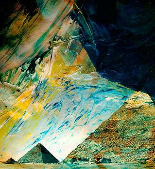 Pirámides abstractas