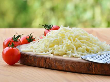 Fresh vs Low Moisture (Aged) Mozzarella Cheese