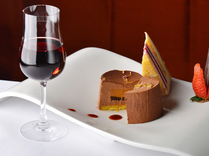 Three Italian Dessert Wines You Can Have After a Meal!