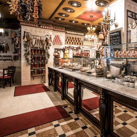 Italienisches Restaurant & Hotel 12 Apostoli am Savignyplatz - Innenraum