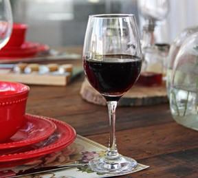 renta de copas de vino tinto