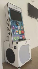 Rockola en forma de iphone