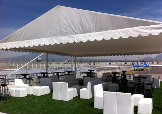 Carpas y salas Lounge