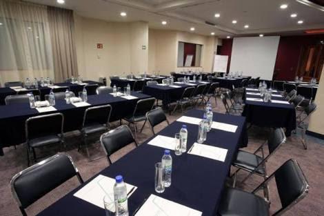 Sillas y mesas para empresas