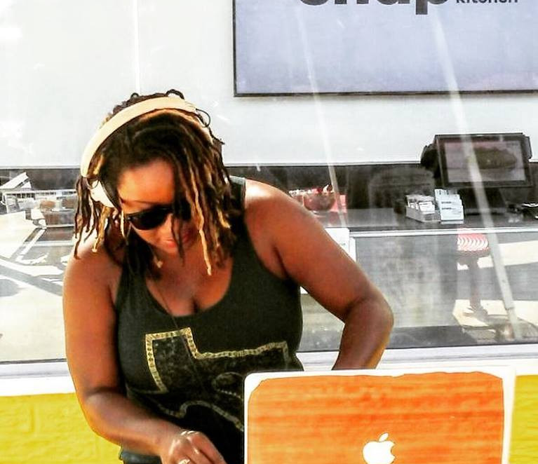 DJ MAHOGANYDANE _ SNAP KITCHEN - ACL 16.