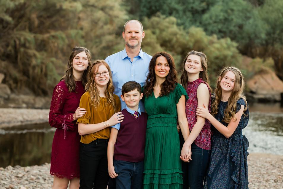 Family_2019-3.jpg