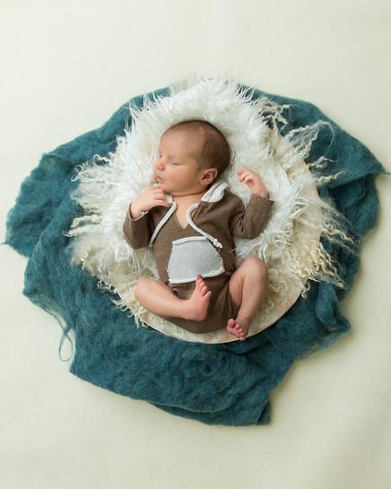 Newborn_2019-45.jpg