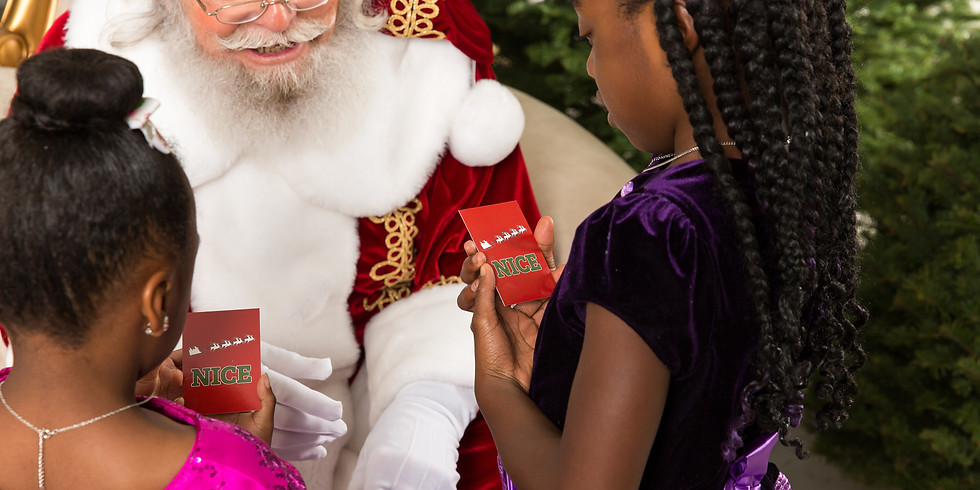 Santa Claus is Coming to town! (1)