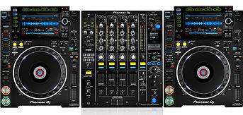 pioneercdj2000nxs2anddjm900nxs2top-e1579