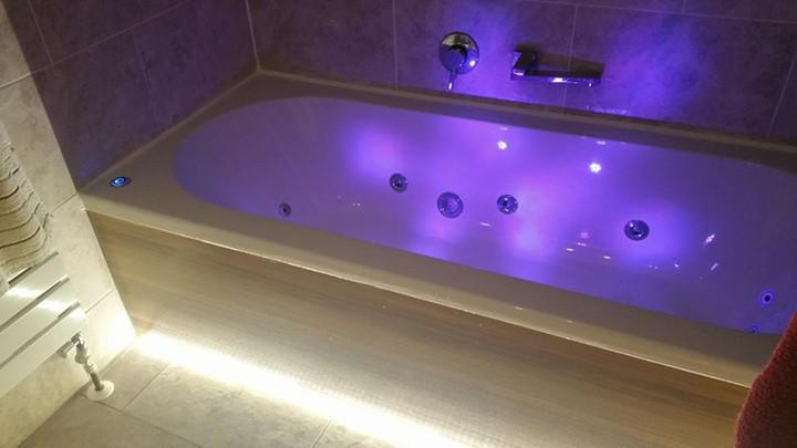 Bathroom ambient lighting