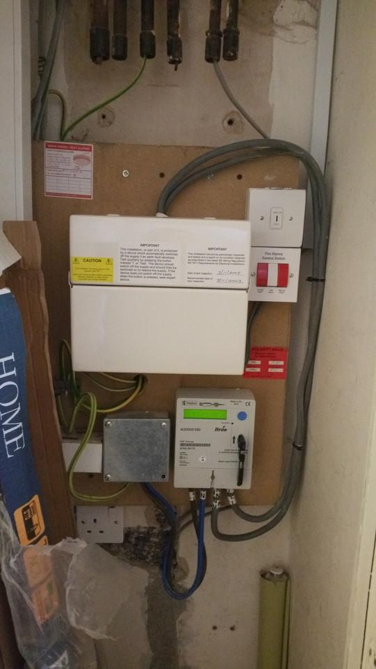 New 18th edition consumer unit with Smoke alarm controls