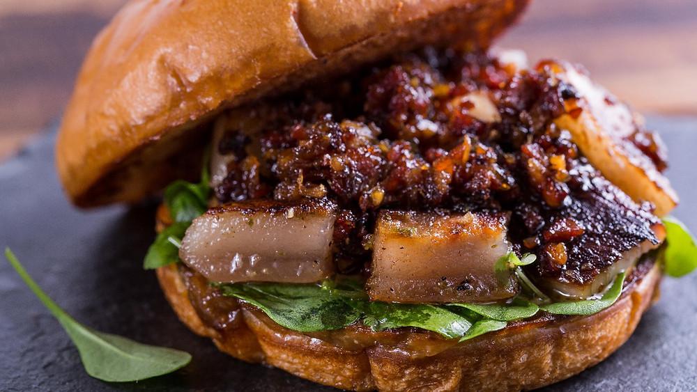 Melhores Restaurantes Novos gastronomia FRANK & CHARLES SANDWICH BAR+CAFE Higienópolis Hambúrguer