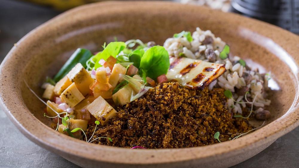 Melhores restaurantes novos são paulo Fitó nordestino nordestina Cafira Foz Largo da Batata baião de dois paçoca