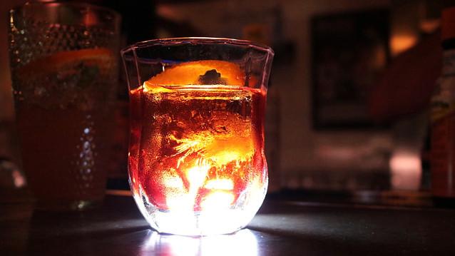 Sempre uma boa pedida, o bar Negroni, no Baixo Pinheiros, ganha novo bartender e inclui drinks que v
