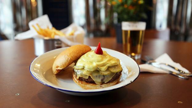 Quatro hambúrgueres fora do óbvio para provar no Indústria Brasileira, no Itaim, tocado por duas ex-