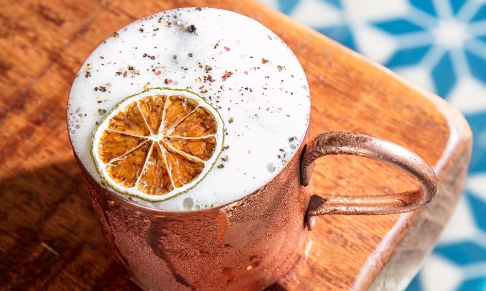 Melhores bares Novos Porto Frescatto Rio de Janeiro Barra Tijuca Jessica Sanchez mixologista