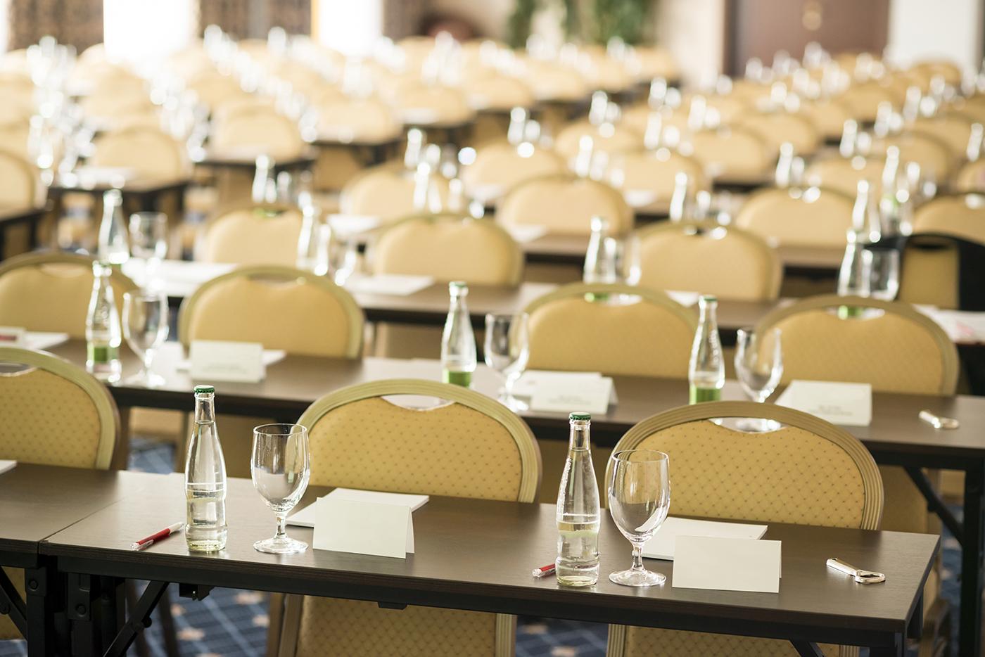 Semināri un konferences