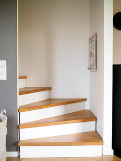 Treppe_Haus W.JPG
