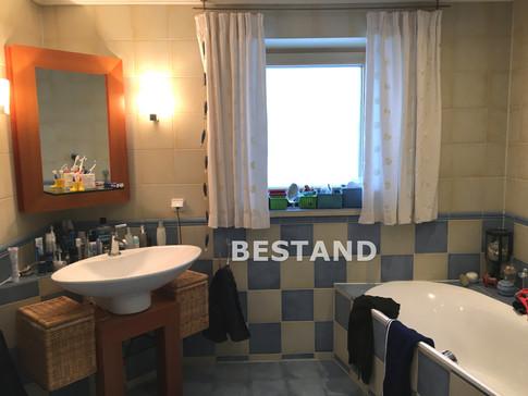 Bestand-Badezimmer_Haus S.JPG