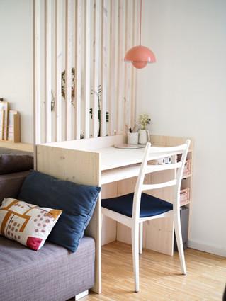 Schreibtisch im Wohnraum_Haus W.JPG