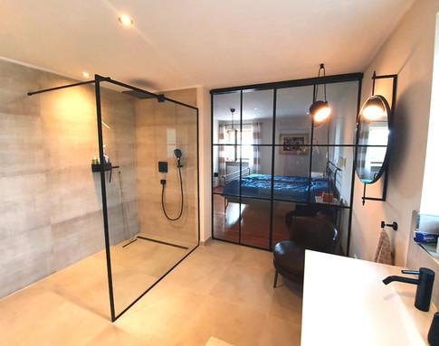 Bodengleiche Dusche_Haus S.jpg