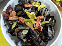 DOMINICAN STYLE MUSSELS