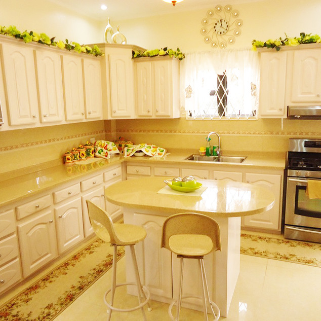 Ivory Granite Kitchen Set