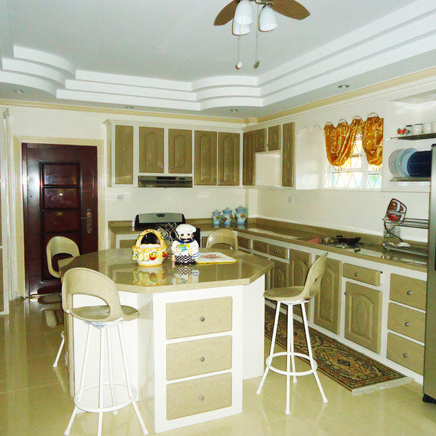 Complete Seashell Granite Kitchen